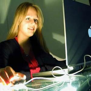 La mitad de los internautas busca información a través de webs de fabricantes y proveedores