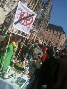 La lucha contra KitKat toma las calles de Munich
