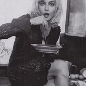 Madonna extiende su contrato con Dolce&Gabbanna