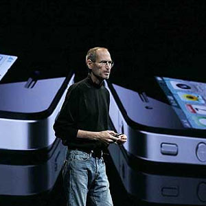 El iPhone 4, la nueva criatura de Apple, llegará a España en julio