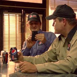 Pepsi desempolva su eterno enfrentamiento con Coca-Cola con un