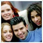 Los adolescentes compran online de forma social