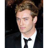 Jude Law protagoniza el nuevo anuncio de Dior Homme, dirigido por Guy Ritchie