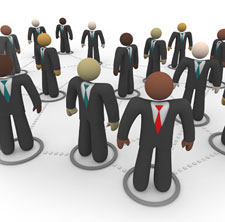 Los directivos de las redes sociales, entran y salen con facilidad