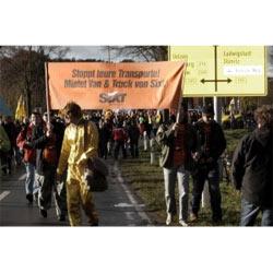 Sixt aprovecha las protestas antinucleares de este fin de semana en Alemania para hacer publicidad