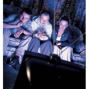 A los consumidores de contenidos online todavía les encanta la televisión tradicional