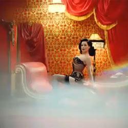Dita von Teese protagoniza un sensual