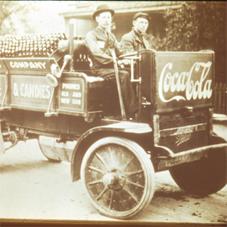 Coca-Cola celebra su 125 aniversario con una nueva campaña global