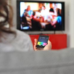 Yahoo! compra IntoNow, una start-up que escucha y etiqueta programas de televisión