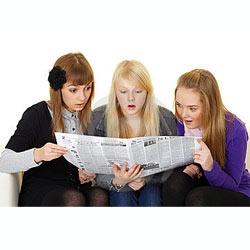 Los jóvenes estadounidenses no pierden la vieja costumbre de leer el periódico