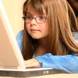 El 25% de los menores europeos tiene abierto el acceso a su perfil en las redes sociales