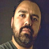 Carlos Bayala (Madre):