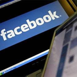 Facebook da luz verde a la publicidad de alcohol, tabaco y armas en su plataforma