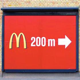 ¿Un McDonald's a 3 minutos? No todos los letreros anuncian las distancias verdaderas