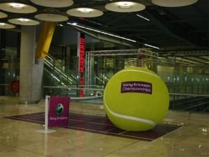 35 anuncios de altos vuelos: la publicidad aterriza en los aeropuertos