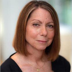 Tras su polémico despido del New York Times Jill Abramson planea su regreso al periodismo
