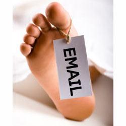 ¿Está el email en peligro de extinción?