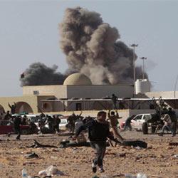 La OTAN utiliza Twitter para la planificación de bombardeos en Libia