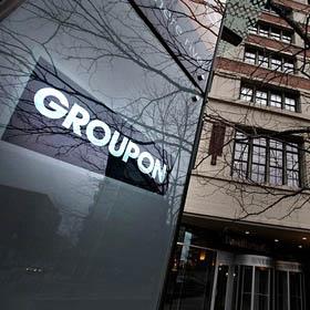 Groupon inicia sus pasos en Wall Street con notorias pérdidas