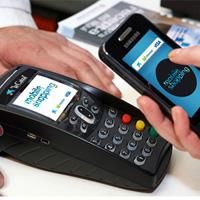 Uno de cada tres españoles pagaría con su teléfono móvil