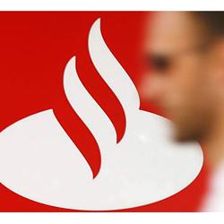 Santander revisa sus estrategias de marketing para mejorar su imagen