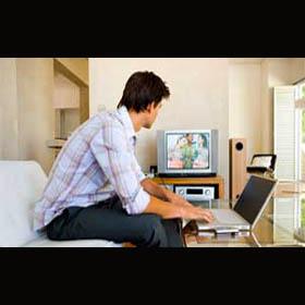 La televisión se mantiene como el medio más consumido por los jóvenes