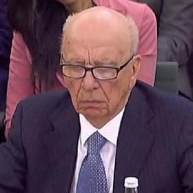 "Rupert Murdoch jura ""desconocer"" todas las actividades ilegales de ""News of the world"""