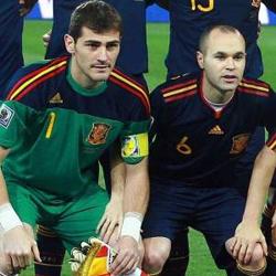 Iniesta y Casillas serán los nuevos embajadores mundiales de BBVA