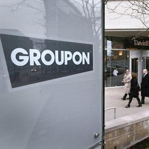 Cientos de empleados de Groupon denuncian a la compañía por impago