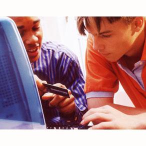 Redes sociales y blogs acaparan el consumo de internet en EEUU