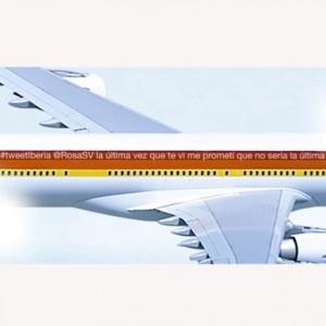 Iberia reta a sus seguidores a escribir el tweet más original para rotular un avión