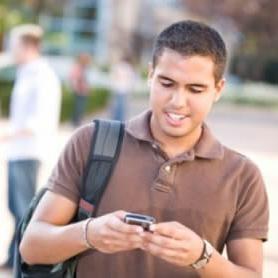 Los hispanos de EEUU, uno de los grupos que más utiliza las redes sociales