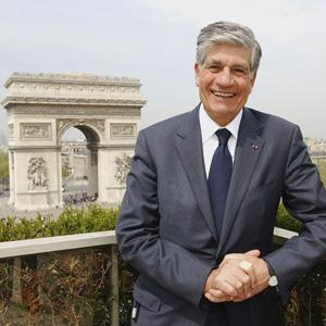 Maurice Levy reflexiona sobre el nombre de su sucesor en Publicis Groupe