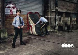 25 anuncios originales de zapatillas: cuando la publicidad se viste por los pies