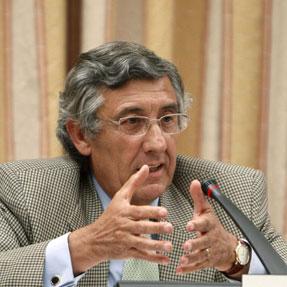 J. del Corral anuncia en la Jornada Anual de UTECA que deja la Secretaría General