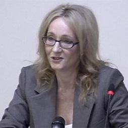 Las 'víctimas' de Murdoch desfilan por los tribunales