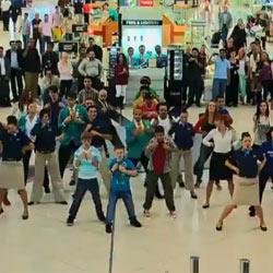 El aeropuerto de Dubai se apunta a la moda publicitaria de los