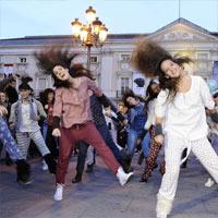 Women'Secret y 100 bailarinas en pijama asaltan las calles de Madrid