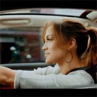 Jennifer López, criticada por publicidad encubierta para el Fiat 500
