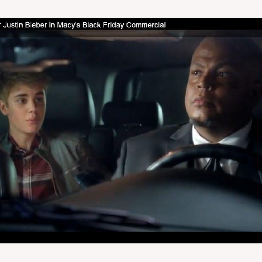 Los chicos gritan como 'nenas' en el nuevo anuncio de Justin Bieber