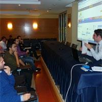 La Universidad San Pablo CEU y Kallejeo.com colaboran para fomentar el empleo joven en licenciados profesionales de la comunicación