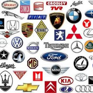 Los internautas españoles siguen más a las marcas de coches que desean que a las que compran