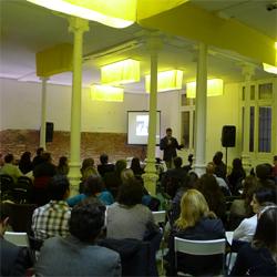 Gran éxito de afluencia en el Social Web Intelligence Forum 2011