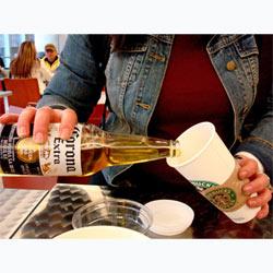 Starbucks hace hueco a la cerveza y el vino en sus establecimientos