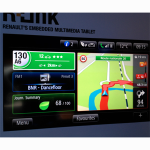Renault se lanza al universo de las tabletas con su R-Link