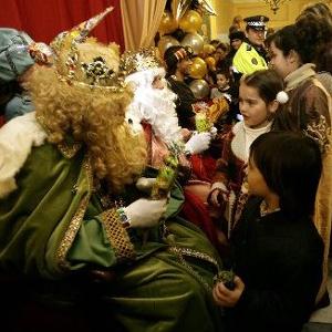 YA VIENEN LOS REYES MAGOS..... CAMINITO DE BELEN.. Ni%C3%B1os-reyes-magos