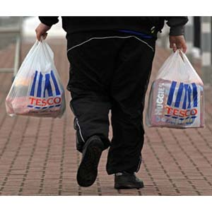Coca-Cola, Tesco y Kraft se comprometen a reducir 5.000 millones de calorías de la dieta británica