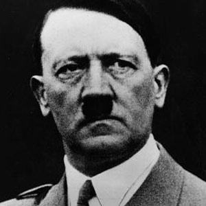Hitler anuncia champú para