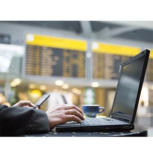 Hiperconectado, geolocalizado y social: así será el viajero español de 2013