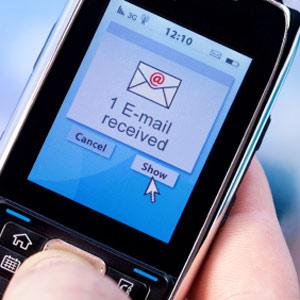 En los dispositivos móviles, la tasa de apertura de e-mails es del 27%